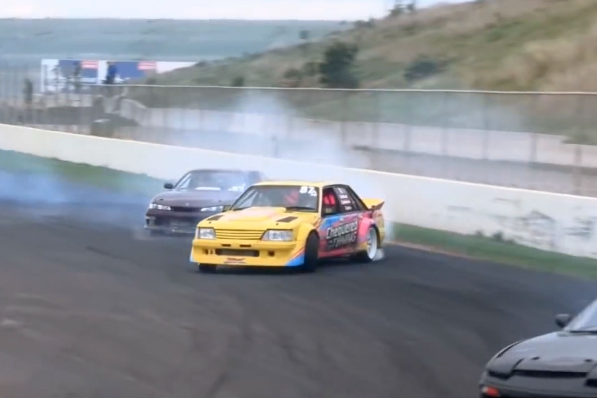 drifting-with-mates-tandem-drift
