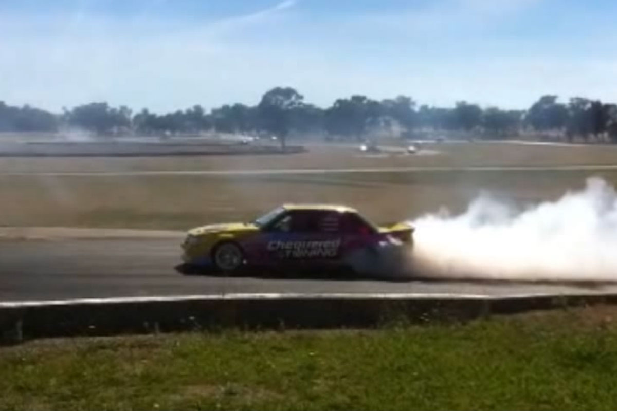 v8-drift-vk-twin-turbo-smokin